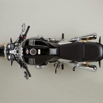 17YM CB1100 RS