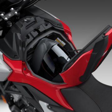 21YM_NC750X_Grand_Prix_Red_R-380_Storage_Open_Helmet